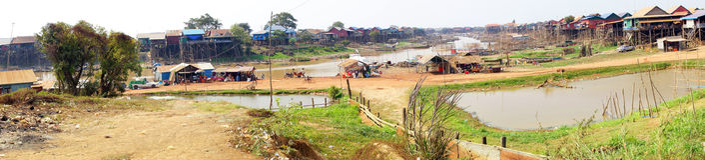 Stilt houses of Kompong Kleang floating village Stock Photo