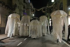 Stilt walkers. In the main street of sorrento in italy in christmas time Royalty Free Stock Photos