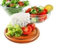 Stilton Käse und Salate stockbild