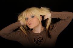 Stilvolle blonde Frau Lizenzfreie Stockbilder
