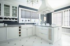 Stilvolle Küche Stockfotos