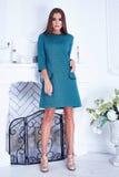 Stilvolle modische Kleidung des schönen sexy Frauenkleidungs-Kataloges Lizenzfreies Stockbild