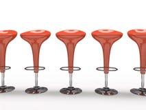 Stilvoller roter Cafeteriastuhl getrennt auf schwarzem Hintergrund Lizenzfreie Stockfotografie
