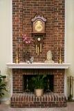 Stilvoller Ziegelsteinkamin Lizenzfreies Stockfoto