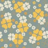 Stilvolles nahtloses Muster mit Klee verlässt für St Patrick Stockfotos
