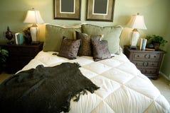Stilvolles Schlafzimmer-Innenarchitektur Lizenzfreies Stockbild