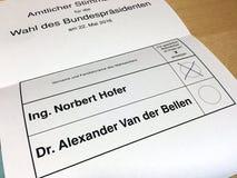 Stimmzettel österreichischer Präsidentschaftswahl 2016 Stockfotos