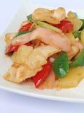 Stir-зажаренный цыпленок с ананасом и замаринованным имбирем Стоковая Фотография