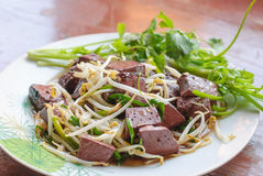 Stir fired bean sprouts with Soy Sauce Royalty Free Stock Images
