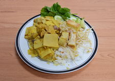 Stir-fried bean sprouts and bamboo shoot curry with chicken Stock Photo