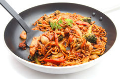 Stir fried Hokkien Noodle in the frying pan Royalty Free Stock Images