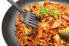 Stir fried Hokkien Noodle in the frying pan Royalty Free Stock Photos