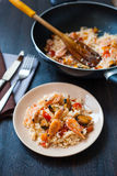 Stir fried rice noodles with prawns and mussels Stock Photography