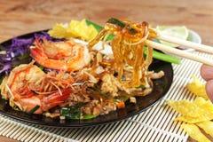 Stir fried Seaweed glass line with Shrimp (Pad Thai) Royalty Free Stock Photos