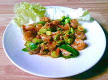 Stir fried Thai flat beans with shrimp and Shri paste. Royalty Free Stock Photos