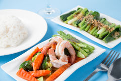 Stir fried vegetables with shrimp. In a white dish Stock Photography