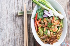 Stir fried yellow noodle mee pad hokkian phuket Stock Images