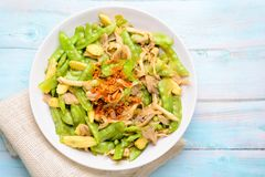 Stir Fry Snow Peas royalty free stock photos