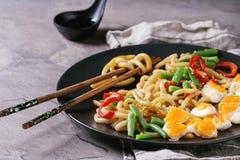 Stir fry udon noodles royalty free stock photos