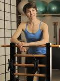 Stirata sul barilotto di Pilates Fotografia Stock Libera da Diritti