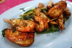 Stirred a fait frire des crevettes roses de tigre Image stock