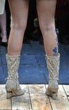 Stivali beige della molla Fotografie Stock