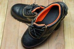 Stivali d'acciaio neri di Toe Safety fotografie stock libere da diritti
