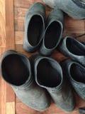 Stivali del lavoro del giardino immagine stock libera da diritti