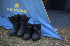 Stivali di motociclo immagini stock libere da diritti