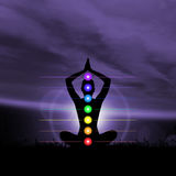 Stjärn- meditation Kontur av en kvinna som gör yogaövning Fotografering för Bildbyråer
