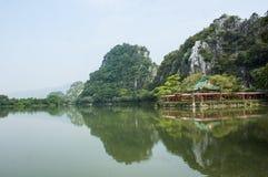 Stjärna sjön i Zhaoqing, Kina Arkivfoton