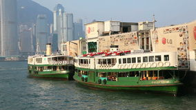 Stjärnafärjapir i Hong Kong stock video