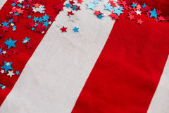 Stjärnaformgarnering som är ordnad på amerikanska flaggan Fotografering för Bildbyråer