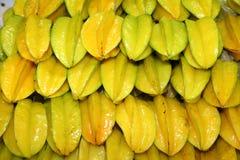 Stjärnafrukten eller Carambolafrukt Fotografering för Bildbyråer