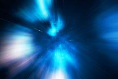 Stjärnan snedvrider, eller Hyperspace, snedvrider abstrakt begrepphastighetstunnelen i utrymme Över universumet tolkning 3d Arkivfoton