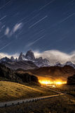 Stjärnaslinga på Monte Fitz Roy i Los-glaciaresnationalparken, El Royaltyfri Fotografi