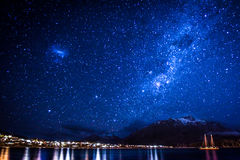 Stjärnklar natt i Queenstown Arkivfoton