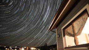 Stjärnor gör strimmig på taket Arkivfoton