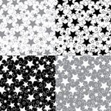 Stjärnor i en uppsättning av sömlös modell eller bakgrund. V Vektor Illustrationer