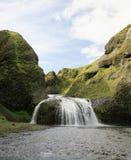 Stjornarfoss baja Islandia imagen de archivo