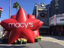 Stjärna för ferie för Macy ` s Arkivbild