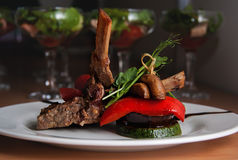 stków piec na grillu warzywa Fotografia Stock