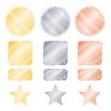 Ställ in guld- glansiga vektorklistermärkear för silver och för brons i formen av en cirkel med tänder och stjärnor för en fyrkan Fotografering för Bildbyråer