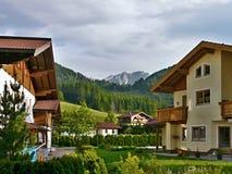 从StMartin的奥地利阿尔卑斯看法 免版税库存照片