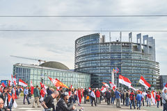 Stängd gata på Europaparlamentet Royaltyfria Bilder