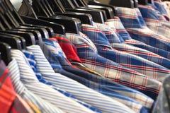 Stängt upp plädskjortor Fotografering för Bildbyråer