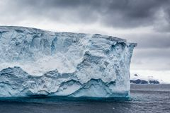 Stołowego wierzchołka góra lodowa od lodowa Zdjęcia Royalty Free