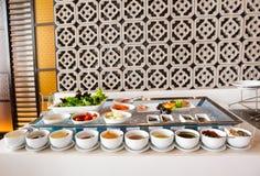 Stołowy ustawianie dla kontynentalnego śniadania Zdjęcie Stock