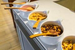 Stołowy ustawianie dla kontynentalnego śniadania Obraz Stock