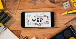 Stołowy wierzchołek z telefonem z sieci grafika na ekranie Obrazy Stock